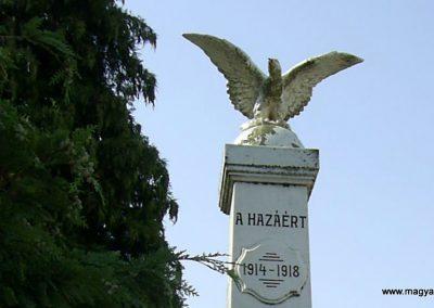 Jágónak világháborús emlékmű 2011.07.14. küldő-Bagoly András (2)
