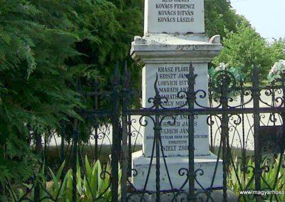 Jágónak világháborús emlékmű 2011.07.14. küldő-Bagoly András (4)