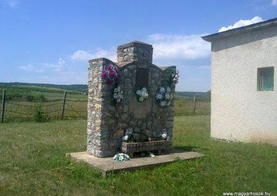 Jákfalva világháborús emlékmű 2012.06.21. küldő-Pataki Tamás