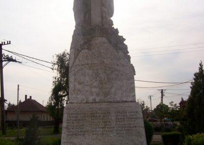 Jánoshida I.vh emlékmű 2009.04.30. küldő-miki (6)
