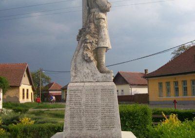 Jánoshida I.vh emlékmű 2009.04.30. küldő-miki (9)