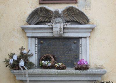 Járdánháza világháborús emléktáblák a templom falán 2008.01.27.küldő-Kalyhas (1)