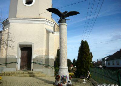 Jármi világháborús emlékmű 2010.11.09. küldő-Ágca (10)