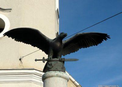 Jármi világháborús emlékmű 2010.11.09. küldő-Ágca (3)