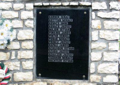 Jásd világháborús emlékmű 2010.07.22. küldő-kalyhas (6)