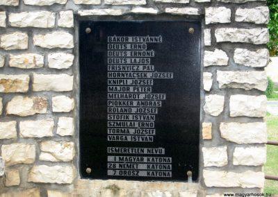 Jásd világháborús emlékmű 2010.07.22. küldő-kalyhas (9)