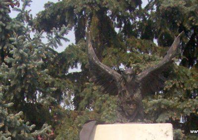 Jászalsószentgyörgy II.vh emlékmű 2009.04.30.küldő- miki (1)