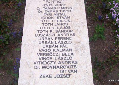Jászapáti II.vh emlékmű 2009.04.30. küldő-miki (7)