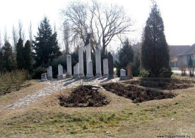 Jászberény II.vh emlékmű 2011.03.11. küldő-kalyhas (10)