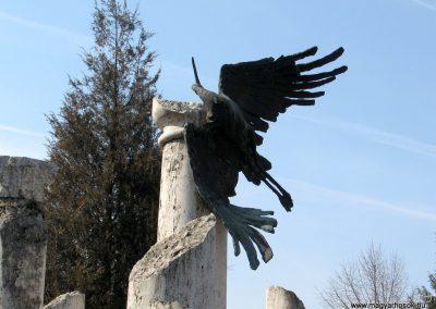 Jászberény II.vh emlékmű 2011.03.11. küldő-kalyhas (2)