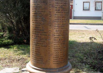Jászberény II.vh emlékmű 2011.03.11. küldő-kalyhas (9)