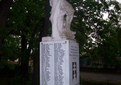 Jászdózsa I.vh emlékmű 2009.04.30. küldő-miki (3)