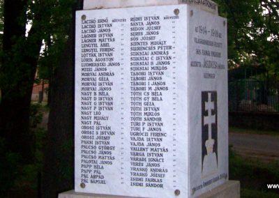 Jászdózsa I.vh emlékmű 2009.04.30. küldő-miki (4)