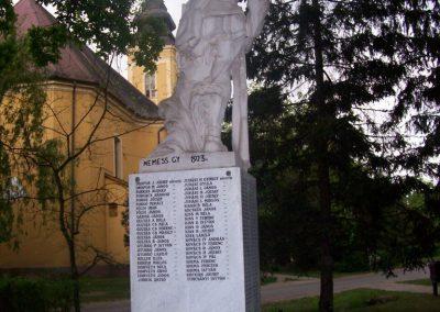 Jászdózsa I.vh emlékmű 2009.04.30. küldő-miki (5)