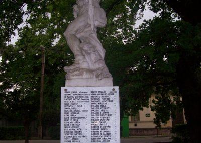 Jászdózsa I.vh emlékmű 2009.04.30. küldő-miki (7)