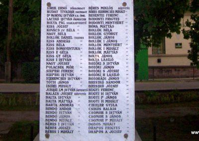 Jászdózsa I.vh emlékmű 2009.04.30. küldő-miki (8)