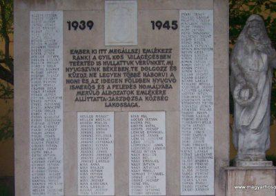 Jászdózsa II.vh emlékmű 2009.04.30. küldő-miki (1)