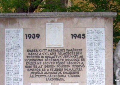 Jászdózsa II.vh emlékmű 2009.04.30. küldő-miki (2)
