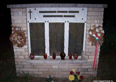Jászfelsőszentgyörgy II.vh emlékmű 2009.09.03. küldő-miki
