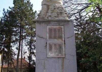 Jászladány I.vh emlékmű 2009.04.08. küldő-miki (9)