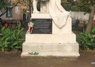Jászszentandrás I.vh emlékmű 2008.10.16. küldő-Kályhás (2)