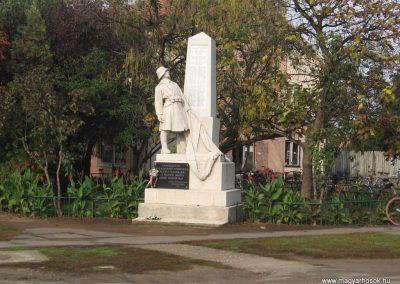 Jászszentandrás I.vh emlékmű 2008.10.16. küldő-Kályhás