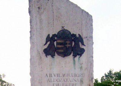 Jásztelek II.vh emlékmű 2009.05.01. küldő-miki (1)