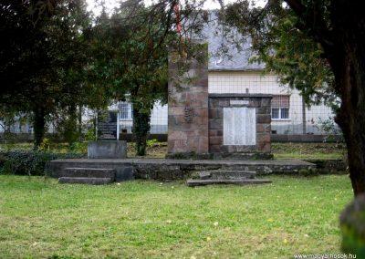 Jobbágyi világháborús emlékmű 2010.10.21. küldő-kalyhas (2)