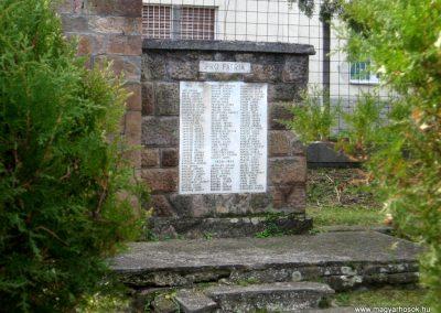 Jobbágyi világháborús emlékmű 2010.10.21. küldő-kalyhas (6)