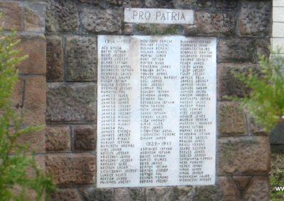 Jobbágyi világháborús emlékmű 2010.10.21. küldő-kalyhas (7)