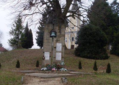 Juta világháborús emlékmű 2008.06.19.küldő-Nerr