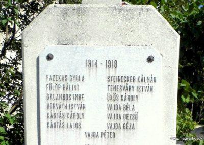 Kádárta világháborús emlékmű 2013.06.30. küldő-Méri (2)