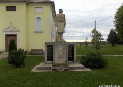 Kálócfa világháborús emlékmű 2016.08.12. küldő-kalyhas (2)