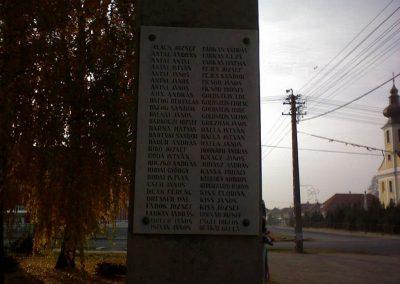 Kál Hősi emlékmű 2006.11.19. küldő-Kályhás (3)