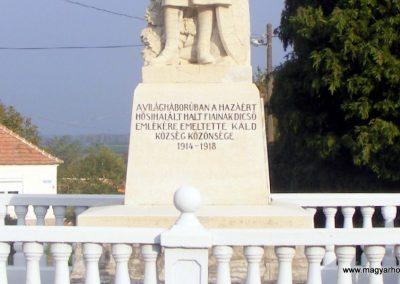 Káld világháborús emlékmű 2012.10.08. küldő-Méri (1)