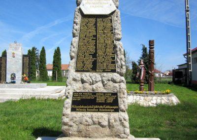 Kállósemjén I. világháborús emlékmű 2012.04.27. küldő-kalyhas (2)