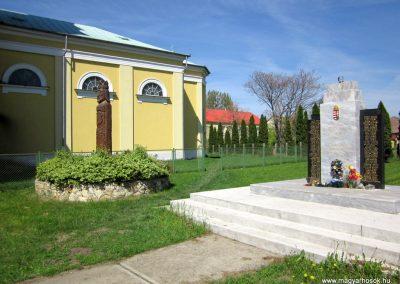 Kállósemjén II.világháborús emlékmű 2012.04.27. küldő-kalyhas (9)