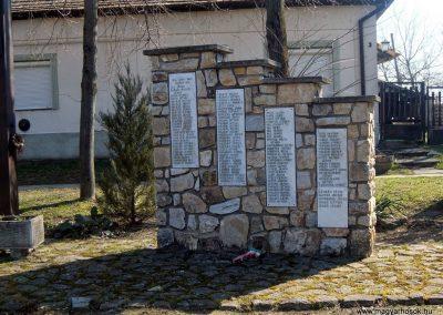 Káloz I. és II. világháborús emlékmű