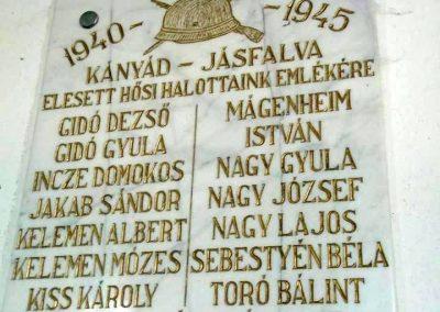 Kányád-Jásfalva II. világháborús emléktábla 2015.09.25. küldő-Mónika39 (1)