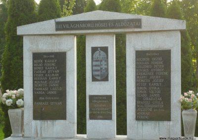 Kányavár világháborús emlékmű 2009.05.23.küldő-Sümec (1)