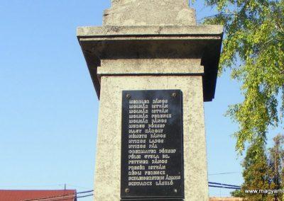 Kápolnásnyék világháborús emlékmű 2012.06.30. küldő-Méri (6)
