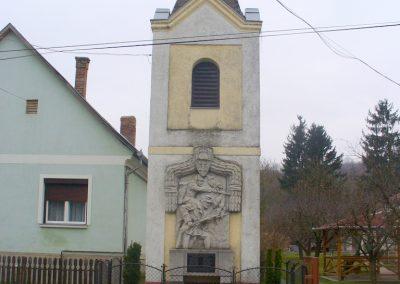 Kávás I. világháborús emlékmű 2013.12.29. küldő-HunMi
