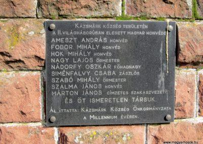 Kázsmárk világháborús emlékmű 2014.02.16. küldő-kalyhas (9)