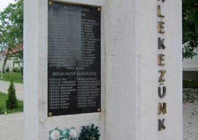 Kék világháborús emlékmű 2013.05.23. küldő-kalyhas (3)