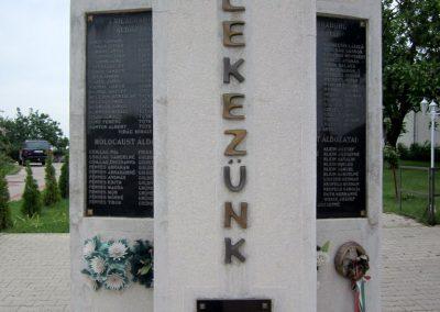 Kék világháborús emlékmű 2013.05.23. küldő-kalyhas (5)