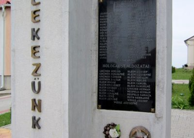 Kék világháborús emlékmű 2013.05.23. küldő-kalyhas (7)