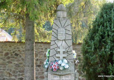 Kéked világháborús emlékmű 2009.08.02. küldő-megtorló