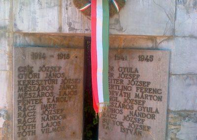 Kékkút világháborús emlékmű 2010.08.12. küldő-Csiszár Lehel (1)
