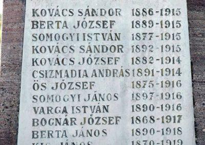Kétújfalu - Magyarújfalu világháborús emlékmű 2014.06.08. küldő-Dr.Lázár Gyula Levente (2)
