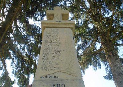 Kézdialmás világháborús emlékmű 2018.08.25. küldő-Fehér Mónika (1)